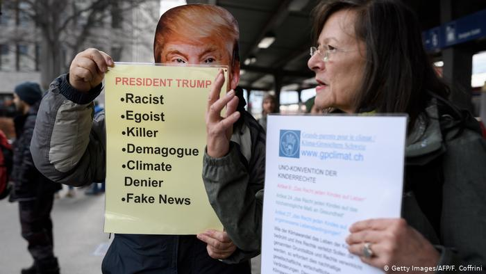 Climate protest march to Davos begins ( (Getty Images/AFP/F. Coffrini)